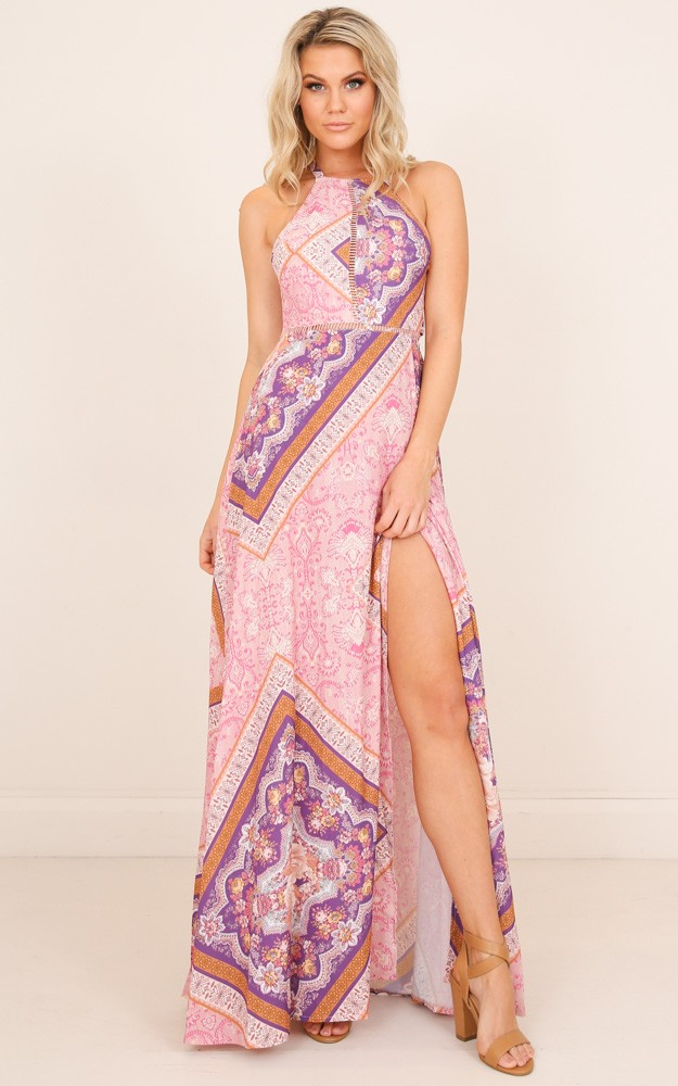 /r/u/run_alone_maxi_dress_in_pink_print_tn.jpg