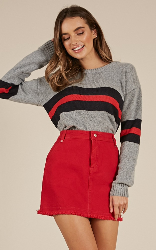 /s/i/sincerely_yours_knit_sweater_in_grey_stripetn.jpg