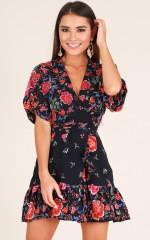 Heart Open dress in navy floral