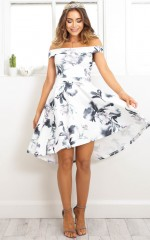 Arlo dress in white floral