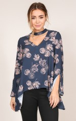 August top in navy print