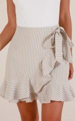 Come Closer skirt in beige stripe