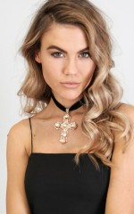 Cruicifix choker in black and gold