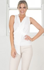 Diligence Top in white