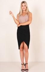Day To Dusk skirt in black