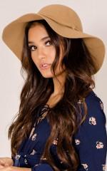 Felt It Wool Hat in Tan