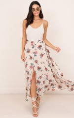 Flying On Neverland maxi skirt in beige floral
