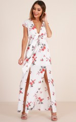 Great Day Maxi dress in white floral