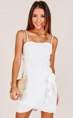Gypsy Dreamer dress in white linen look