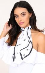 Hunter neck scarf in white print