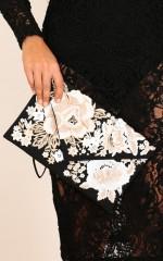 Juliette clutch in black floral