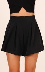 Midnight Light shorts in black