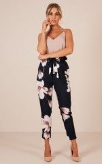 Work Up pants in navy floral