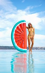 Sunny Life - Luxe Watermelon Lie-On Float in red