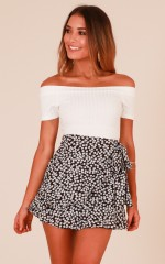 Shades Of You skirt in black floral