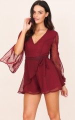 Status Quo playsuit in wine
