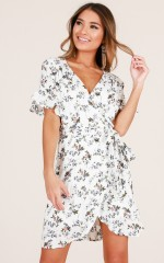 Summer Vibes dress in white floral