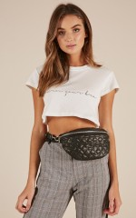 Take You With Me Belt Bag In Black