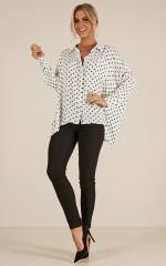 The Good Days shirt in white polkadot