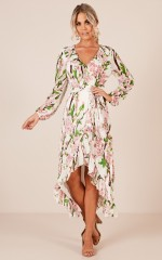 Blossoming Love maxi dress in white floral