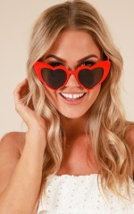 Key To My Heart sunglasses in red