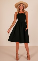 Damsels pinafore dress in black