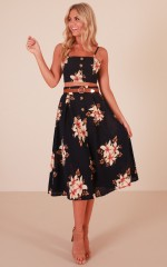 Stepping Stones two piece set in navy floral