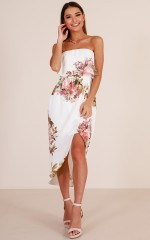 Im Your Fantasy dress in white floral