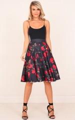 Sweet Rose skirt in black floral