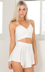Paint the Town two piece set in white