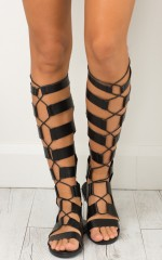 Aphrodite sandals in black