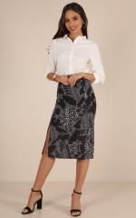 What A Feeling skirt in black print
