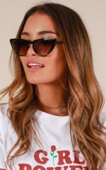 Hard To Handle sunglasses in tortoiseshell