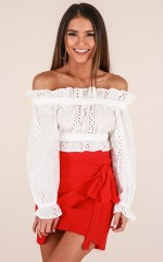Move To The Beat crop top in white lace