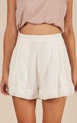 Music Maker Shorts in white
