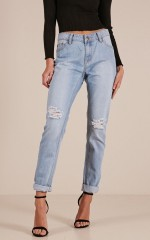 Regina mum jeans in light wash