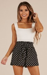 All Rounder Shorts in black polkadot