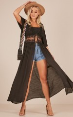 Truth And Lies kimono in black
