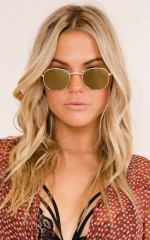 Runaway Girl sunglasses in gold