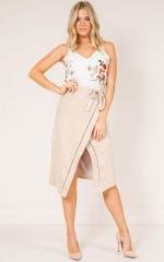 Tall Heights skirt in stone suedette