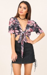 Story Time top in black floral