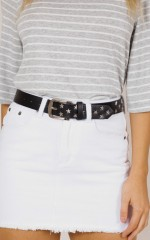 Twilight Stud Belt in black