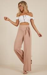 Flow pants in peach