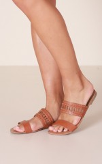 Verali - Bali Flats in tan kid