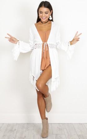 Clean Love kimono in white