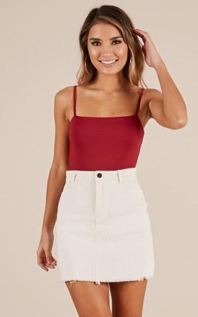 Friendless skirt in white