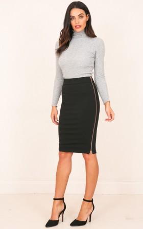 Second Kiss skirt in black