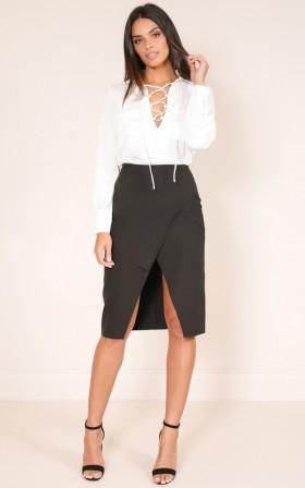 I Run This Skirt in Black