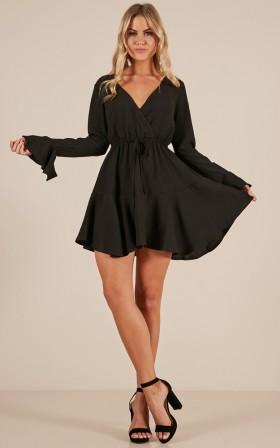 Superhuman dress in black