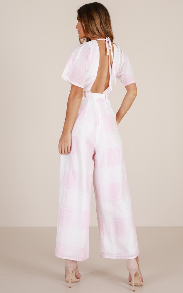 /q/u/queen_of_fun_jumpsuit_in_blush_check_ro.jpg